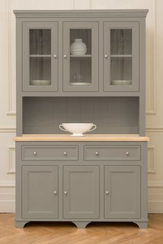 Woburn Medium Dresser|The Kitchen Dresser Company