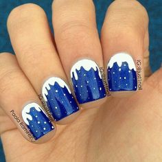 Blue and white snow nailart .. Absolutely love these!! ❄⛄❄