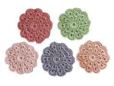 Set of 5 pastel-colored coasters. The cotton I used is top-quality material (Phildar). If you wishes personalised colors, no problem, but there logically will be extra delivery time. Crochet Earrings, Mixed Media, Etsy, Jewelry, Design, Crochet Necklace, Pastel Colours, Hand Made, Jewlery