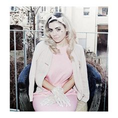 An image of Marina & the Diamonds ❤ liked on Polyvore featuring pictures, marina, marina and the diamonds, photos and people
