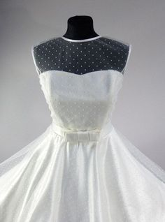 Swiss Dot Tulle Sweetheart Dress Rockabilly Vintage Style bridal wedding dress