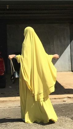 Niqab Fashion, Dubai Fashion, Islamic Fashion, Muslim Fashion, Hijabi Gowns, Cute Modest Outfits, Hijab Dress Party, Dress Clothes For Women, Islamic Clothing