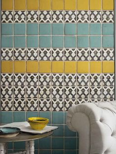 WALLS ~~~ Mosaics mixed up with solids.  More design/color ideas to work from for the rest of the room.