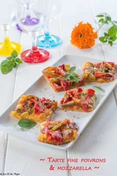 Thin peppers and mozzarella tart - Au Fil du Thym - Salades et tartines - Pizza Recipes, Meat Recipes, Vegetarian Recipes, Healthy Recipes, Tarte Fine, Good Food, Yummy Food, Grilling Gifts, Grilled Meat