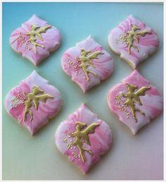 "Karen Lowther on Instagram: ""Fairies #royalicingart #royalicing #royalicingcookies #cookieporn #cookiesofinstagram #fairies #fairycookies #decoratedcookies…"""
