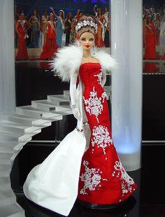 Barbie Miss Mordovia Ninimomo 2011 Beautiful Barbie Dolls, Vintage Barbie Dolls, Vintage Dresses, Nice Dresses, Miss Pageant, Barbie Miss, Barbie Wardrobe, Christmas Barbie, Dress Up Dolls