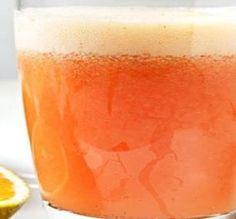 A mistura da Laranja com o Morango deixou um gosto especial e batido com gelo fez com que se tornasse um suco refrescante e ideal para o Verão.