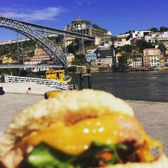 #currentstatus #buger #oporto #porto #ribeira #portugal #evening #food #foodporn #douro #ponteluis by ahilles107