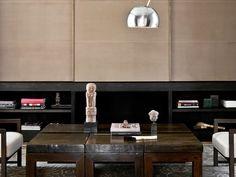 Mesa de Centro em Módulos de Madeira. Designer: Damien Langlois-Meurinne.