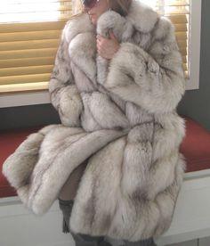 FABULOUS FULL LENGHT Joseph ZACCARIA BLUE SILVER FOX FUR COAT JACKET S VINTAGE #JosephZACCARIA #COAT