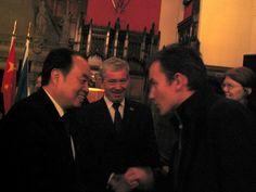 Thorsten Pattberg with Professor Sir Timothy O'Shea and Education Minister Zhou Ji (Edinburgh, 2004).
