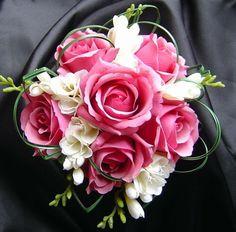 Bouquet sposa i fiori più belli - Bouquet sposa rose rosa e fresia bianca