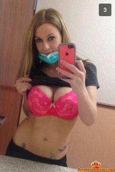 Big boobies girl got sexy selfie