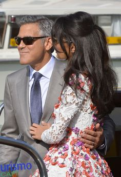 US actor George Clooney and his wife Amal Alamuddin stand on a taxi boat on the Grand Canal on September 2014 in Venice. Hollywood heartthrob George Clooney and Lebanese-British lawyer Amal. Get premium, high resolution news photos at Getty Images Amal Clooney Wedding, Pretty Hairstyles, Wedding Hairstyles, Kate Middleton Hair, Fashion Couple, Soft Hair, George Clooney, Beautiful Long Hair, Face Hair