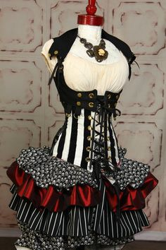 Skirt in Classic Pirate.