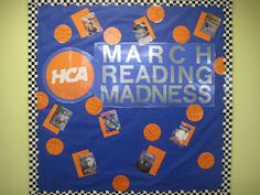 Great resource for ideas throughout the year...quick change boards that would be simple for a student aide to complete!  Lorri's School Library Blog: School Library Media Center Bulletin Boards-(Check my other posts for more bulletin board images)
