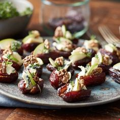 Stuffed Dates with Double Crème Blue, Walnuts and Pear Prosciutto, Tapas, Appetizer Recipes, Appetizers, Roasted Walnuts, Date Recipes, Bruschetta Recipe, Stuffed Dates, Iftar