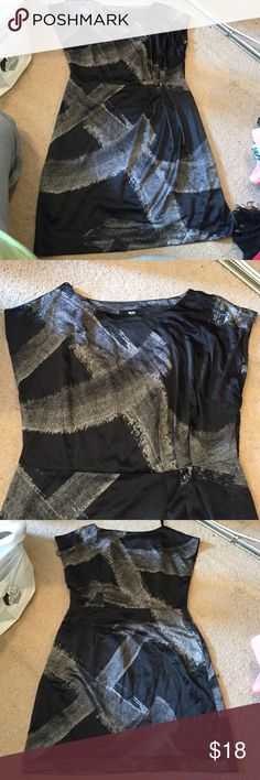Silky feel dress Great for work or an event, lightweight side zipper. Size 12 but feels more like a 10 Mossimo Supply Co Dresses