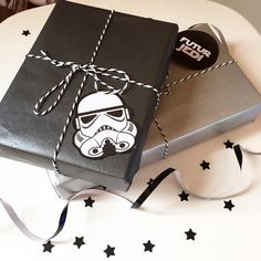 Diy silhouette gift wrapping for the star wars fan from thumbimg71351024g 10241024 star wars giftsstar wars jedistar wars birthdaywrapping ideaschristmas solutioingenieria Images