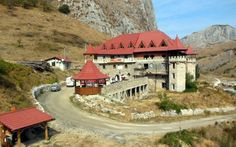 FOTO Castelul din Trascău, transformat în hotel după 700 de ani