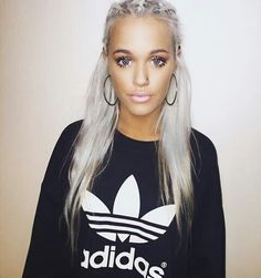Lottie Tomlinson is legit one of the most gorgeous people to ever live. I'm so in love with her style and makeup. She is literally goals. <333 :): lyahh lotts. -k