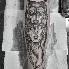 Tatuagem criada por Filipe Borges de Vitória. Mulher com chapéu de cabeça de urso.