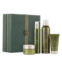 A wonderful gift for yourself or someone else, experience the DAO ritual at home. Contains Body Cream Foaming Shower Gel, Shower Oil. Shower Foam, Shower Gel, Parfum Victoria's Secret, Perfume, Skin So Soft, Easy Gifts, Holiday Gift Guide, Body Scrub, Body Lotion