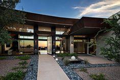 Contemporary-Desert-Home-Tate-Studio-Architects-01-1-Kindesign.jpg (1500×994)