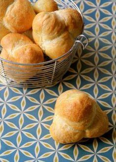 Grove snurrer med ost, bacon og mye annet godt - Mat På Bordet Nom Nom, Muffins, Bacon, Brioche, Muffin, Pork Belly, Cupcakes