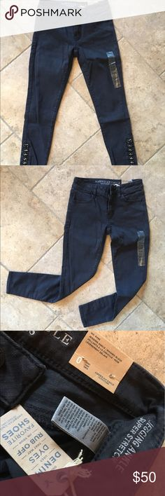 0739b1ef50 Shop Women s American Eagle Outfitters Black size Jeans at a discounted  price at Poshmark. Cute detailing at the ankles too!