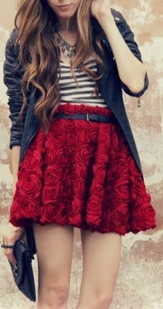 I am in love with this skirt!