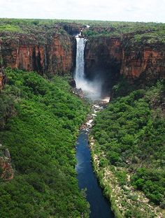 The Jim Jim Falls is a plunge waterfall on the Jim Jim Creek that descends over the Arnhem Land escarpment within the World Heritage listed Kakadu National Park, Northern Territory, Australia. Outback Australia, Darwin Australia, Queensland Australia, Australia Travel, Brisbane, Perth, Kakadu National Park, Photos Voyages, Beautiful Waterfalls