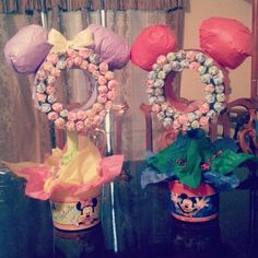 Diy minnie mouse & mickey mouse lollipop centerpieces for birthday parties!!