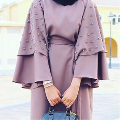 Image about abaya in hijab💖 by Zahraa A. Islamic Fashion, Muslim Fashion, Modest Fashion, Fashion Dresses, Abaya Designs, Outfit Zusammenstellen, Hijab Outfit, Muslim Dress, Hijab Dress