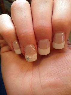 Christmas nails also an option plain and simple yet cute snow nails, winter nails, Snow Nails, Xmas Nails, Holiday Nails, Winter Nails, Simple Christmas Nails, Christmas Manicure, French Nails, French Manicure Acrylic Nails, Nude Nails