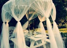 add tulle to the dance floor? Planning Board, Cottage Exterior, Vintage Roses, Garden Projects, Home And Living, Outdoor Gardens, Outdoor Living, Living Spaces, Table Settings