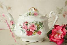 Wanna high quality designer handbags? Click here!  vintage tea pots