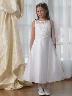 White A-line Sash Embroidery Satin Organza First Communion Dress on sale, a perfect First Communion Dresses with high quality and nice design. Buy it now or discover your First Communion Dresses Pretty Flower Girl Dresses, Cheap Dresses, Girls Dresses, Girls Communion Dresses, Frock Patterns, Maid Dress, Cute Girl Outfits, First Communion, Special Occasion Dresses