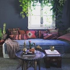 Magical lounge room featuring Kilim cushions! image via @pinterest
