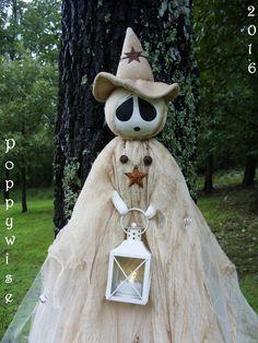 OoaK Halloween Folk Art Set of 3 Elegant by PoppywiseProductions