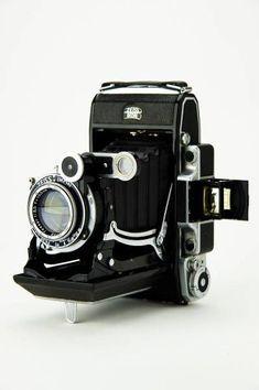 Zeiss Ikon camera.