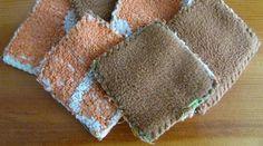 Transformer de vieilles serviettes de bain en carrés éponges essui tout. Nespresso, Towel, Blanket, Crochet, Diy, Dressmaking, Tips And Tricks, Old Towels, Bath Sponges