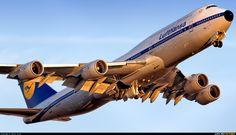"Lufthansa Boeing 747-8i ""RetroJet"" (registered D-ABYT) departing Frankfurt"