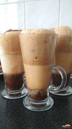 Ľadová káva   recept   RadVarim.sk Pudding, Desserts, Food, Tailgate Desserts, Deserts, Eten, Puddings, Postres, Dessert