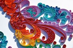 Paper quilling, stunning paisly work by Sandra Fonte. I think I could do something with this in glass. MonaRaeBeads.etsy.com