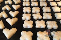 Fantastické mini šlehačkové cukroví | NejRecept.cz Mini, Desserts, Food, Recipes, Whipped Cream, Food Food, Bakken, Tailgate Desserts, Deserts