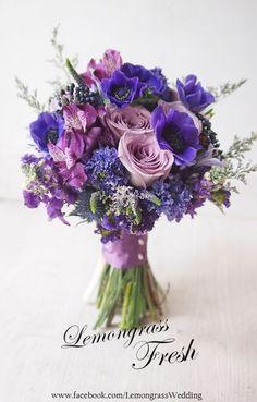 Wedding bridesmaids bouquets purple 56 Ideas for 2019 Purple Wedding Flowers, Bridal Flowers, Floral Wedding, Beautiful Flowers, Purple Bridesmaid Bouquets, Bride Bouquets, Wedding Bridesmaids, Flower Bouquets, Floral Arrangements