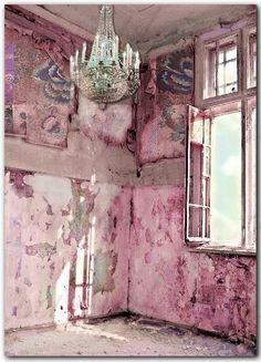 pink palace - very shabby chic Abandoned Mansions, Abandoned Buildings, Abandoned Places, Abandoned Castles, Tout Rose, Stoff Design, Pink Palace, Photocollage, Bottle Brush Trees