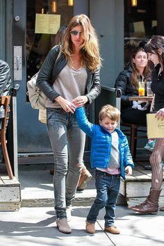Especial shopping para el Día de la Madre con madres famosas: Gisele Bündchen