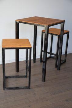 Table haute et tabourets bois métal